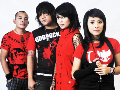 kotak_b KOTAK BAND INDONESIA